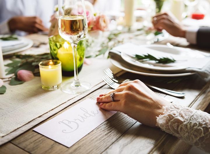 Comment bien organiser le plan de table de votre mariage