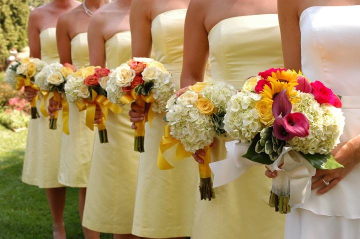 Comment organiser son cortège de mariage pour sa cérémonie laïque