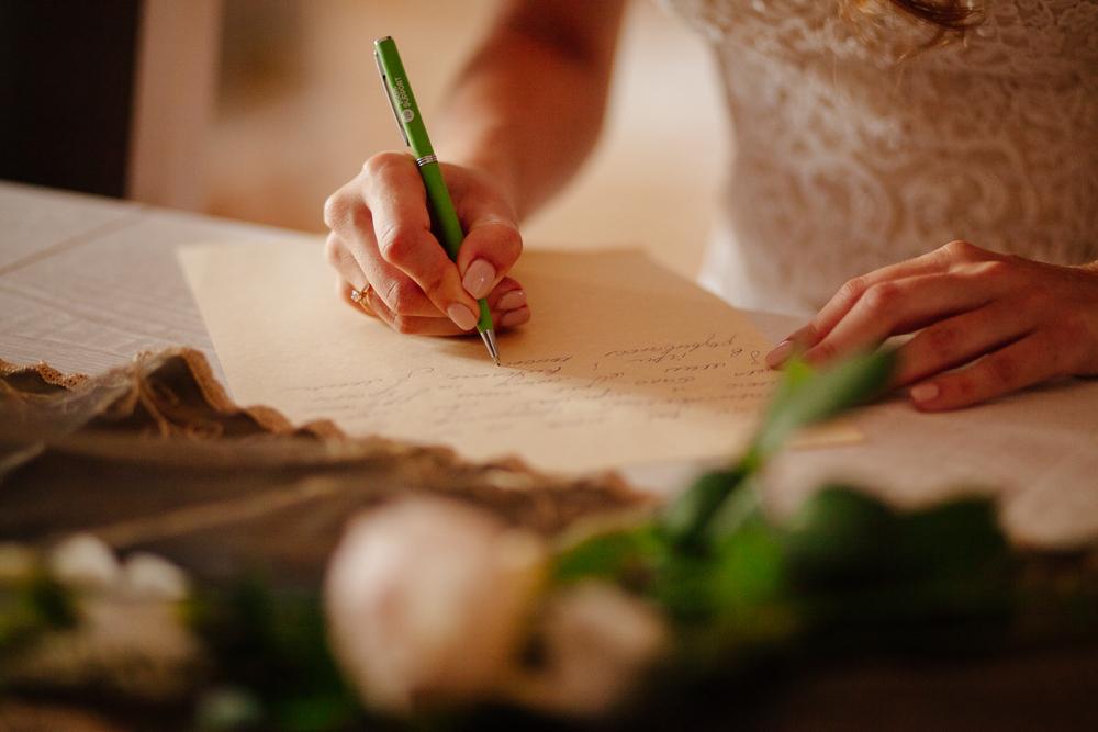 Conseils pour bien rédiger ses vœux de mariage