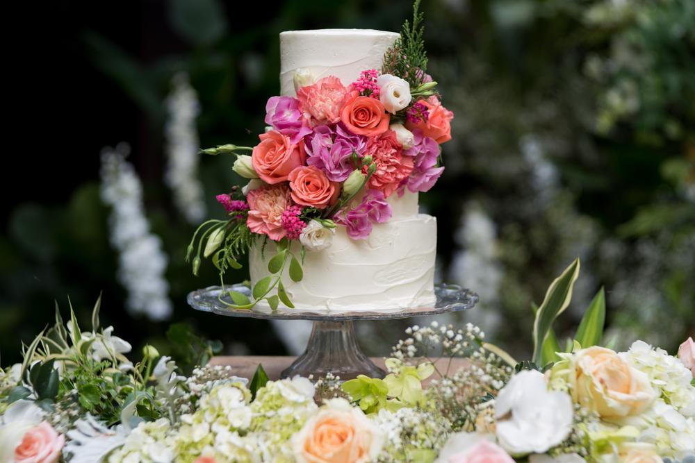 Comment choisir son wedding cake Conseils et tendances du moment !